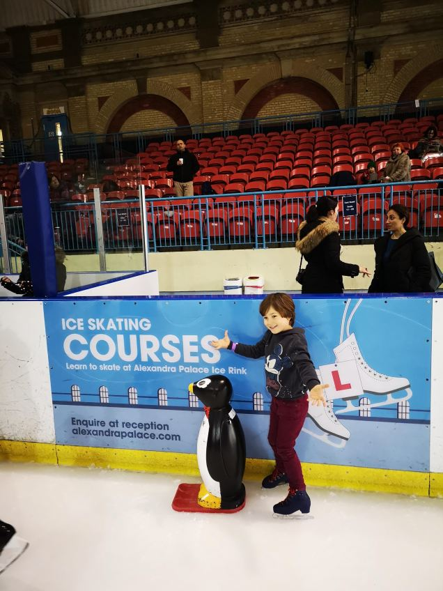 5 years old Ice skating