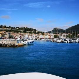 Cassis sailing