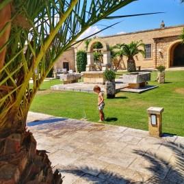 Masseria Chicco Rizzo courtyard