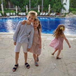 Columbia's kids club : Cyprus with kids