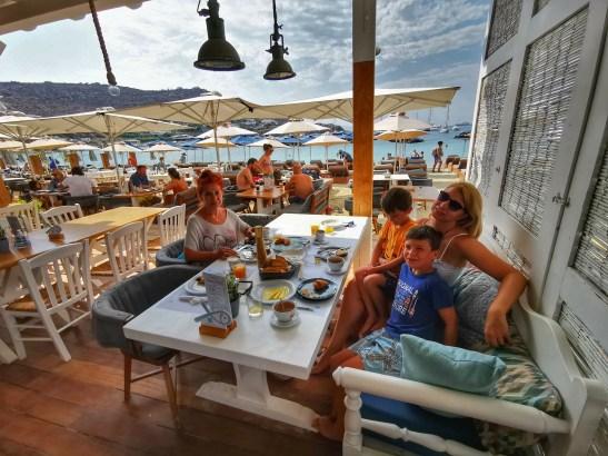 Daily breakfasts at Kostantis, Ornos beach