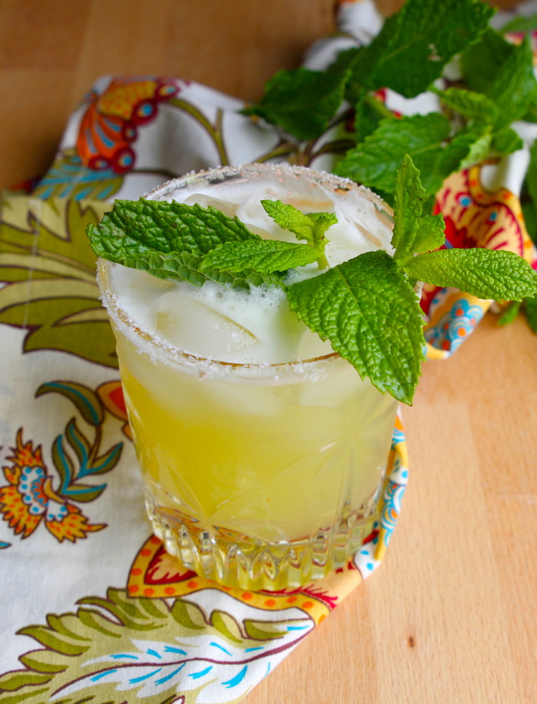 spicy pineapple tequila smash