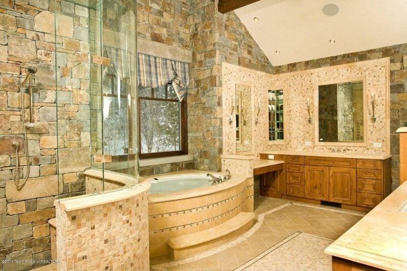 Inspiration 37 Ideen fr italienische Fliesen im Badezimmer  Badezimmer Bodenbelge  Fliesen