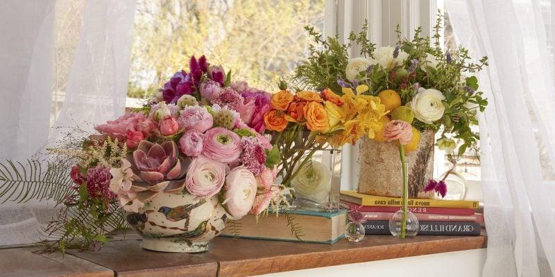 Kleines Blumengesteck Tischdeko