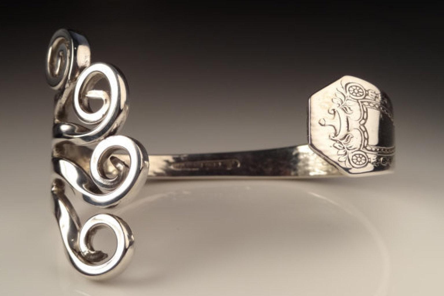 Kreativ basteln Schmuck aus Silberbesteck Anleitung