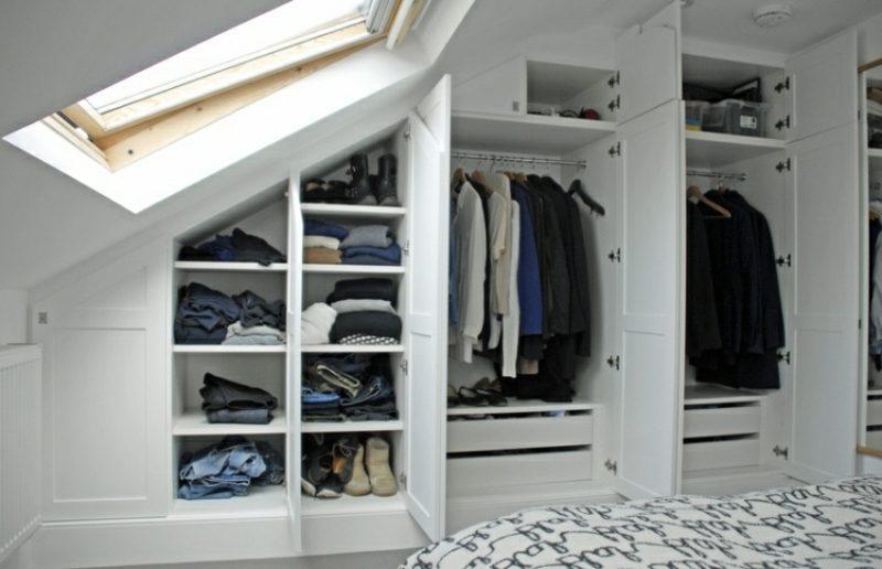 Begehbarer Kleiderschrank unter Dachschrge  Ideen und Planungstipps