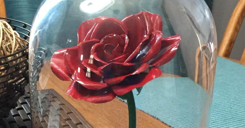 Ewige Rose schenken verzauberte Rose basteln  Anleitung