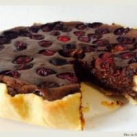 Tarta cu ciocolata si visine