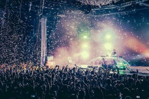 rental stage effects confetti cannons orlando zenith lighting