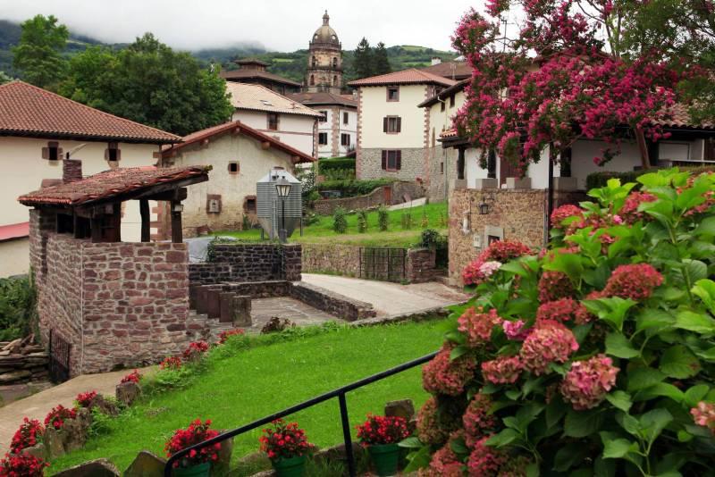Valle del Baztan a un paso de Zenit Pamplona