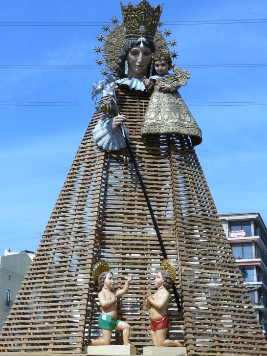 Ofrenda a la Virgen de los Desamparados