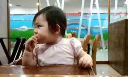 Video: Baby Jian Eating a Lemon