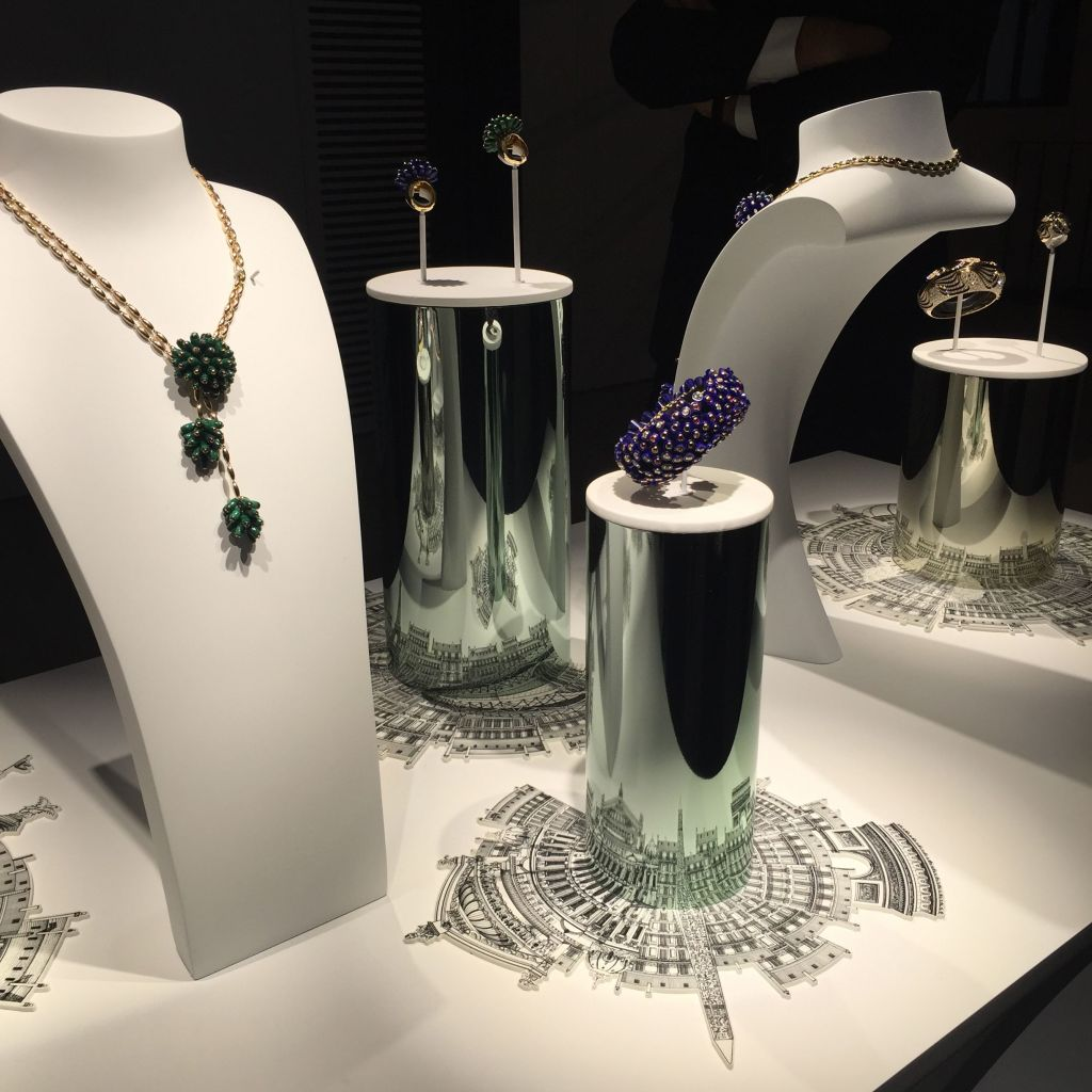 100 Jewelry Window Displays Ideas Amp Designs Zen