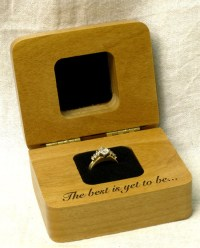 The 15 Best Engagement Ring Holders | Zen Merchandiser