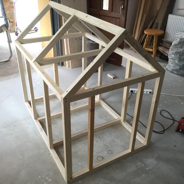 Dog House Zeno Woodwork