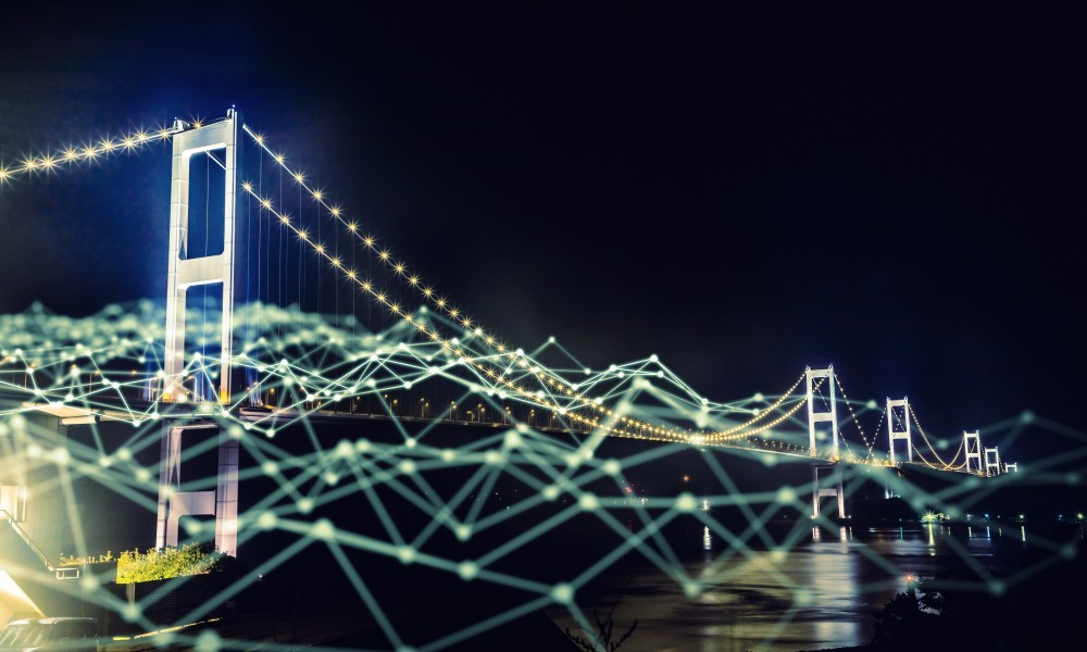 How Digital Transformation Bridges Online and Offline Experiences