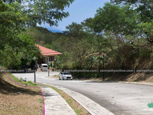 Ayala Westgrove Heights 645 square meter lot for sale located right next to the Orchard Park