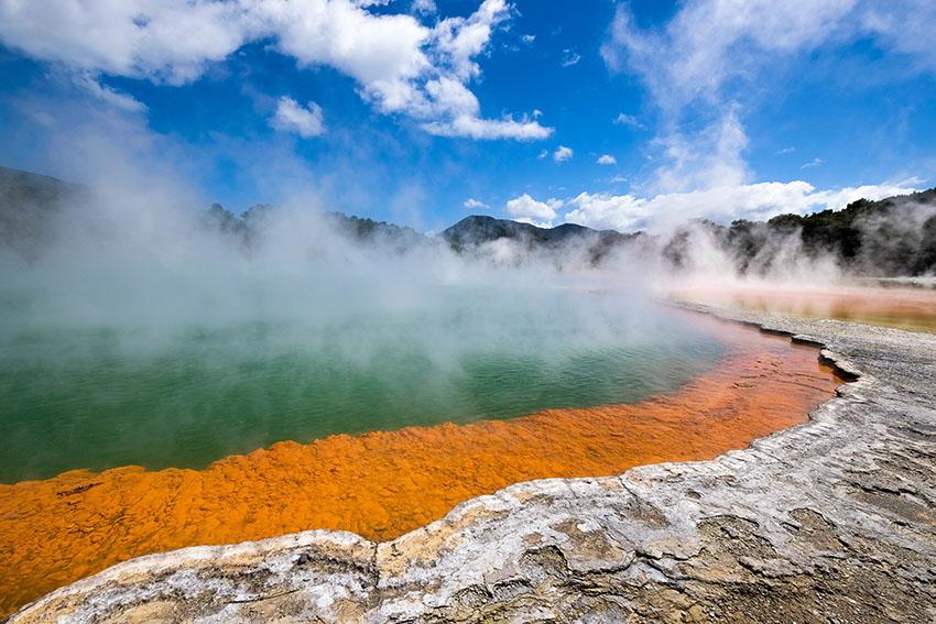 rotorua lake new zealand