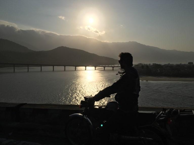 Gratuitous sunset silhouette shot