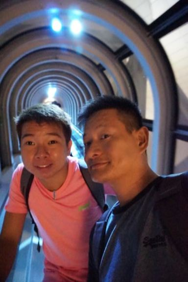 Taking a wefie on the escalator in Umeda Sky Building