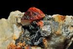 cristaux de zircon, cristaux de feldspath var. orthose : Chilas,