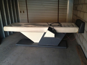 Acu-Massage ST Table side view