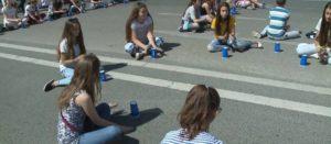 8 mijë të rinj shqiptarë përgatiten të thyejnë rekordin Guinness