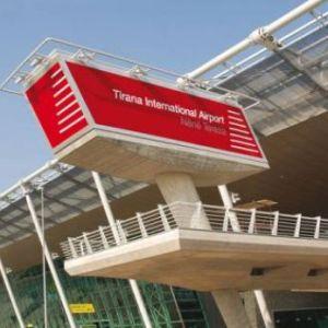 """Rinasi prish logjikën """"low cost"""": Ja pse në Shqipëri s'ka kurrë bileta të lira"""