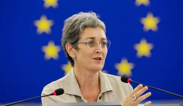 Zv/presidentja e Parlamentit Europian: Ju lutem mos e prekni Vjosën, ndërtoni HEC-e të tjera