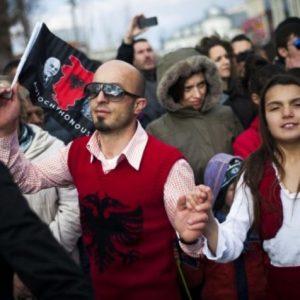 Dhjetë mbiemrat më të përhapur në Kosovë dhe Shqipëri