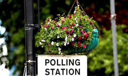Britania e Madhe voton, May rrezikon fitoren