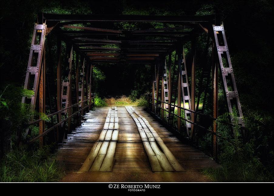 Ponte que divide Gramado de outra cidade que eu não lembro qual?