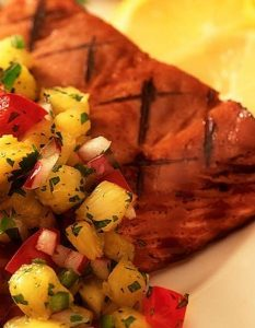 Pan-Grilled Salmon With Pineapple Salsa - How to Lose Body Fat:10 Ways to Reduce Fat Percentage