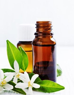 Essential Oils to Tighten Skin-11 Best Essential Oils for Sagging Skin