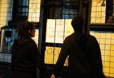 Fiscalização em bares do bairro Cidade Baixa gera protestos  em Porto Alegre Valdir Friolin/Agencia RBS