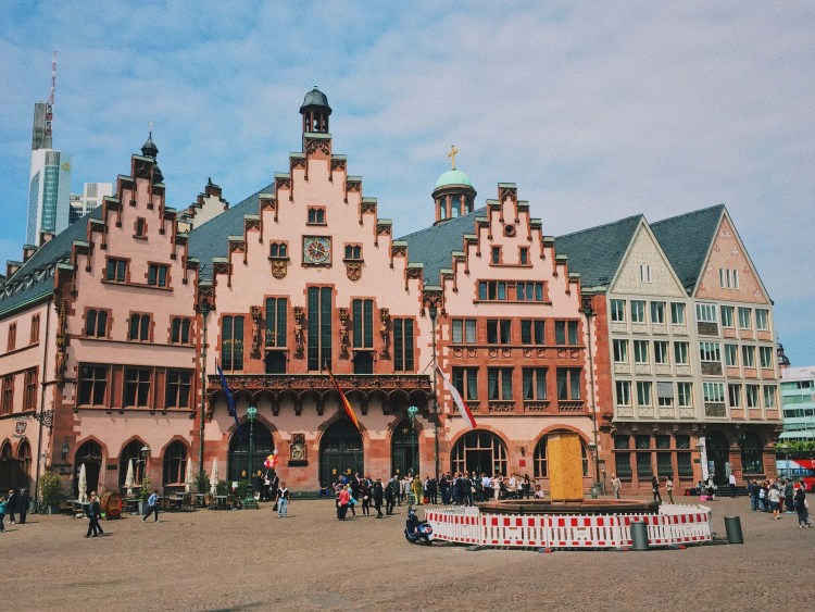 Römerberg Frankfurt Layover Guide