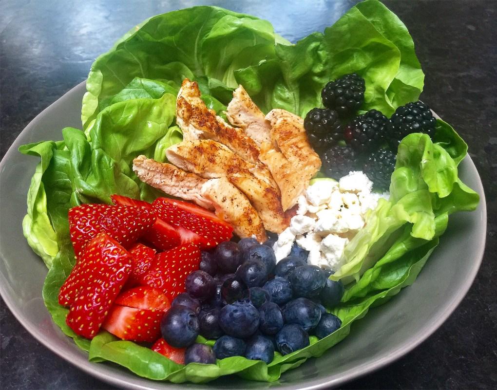 Zero Points Berry & Chicken Salad