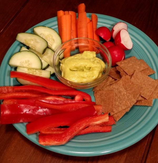 Aioli, sourdough crackers and vegetables