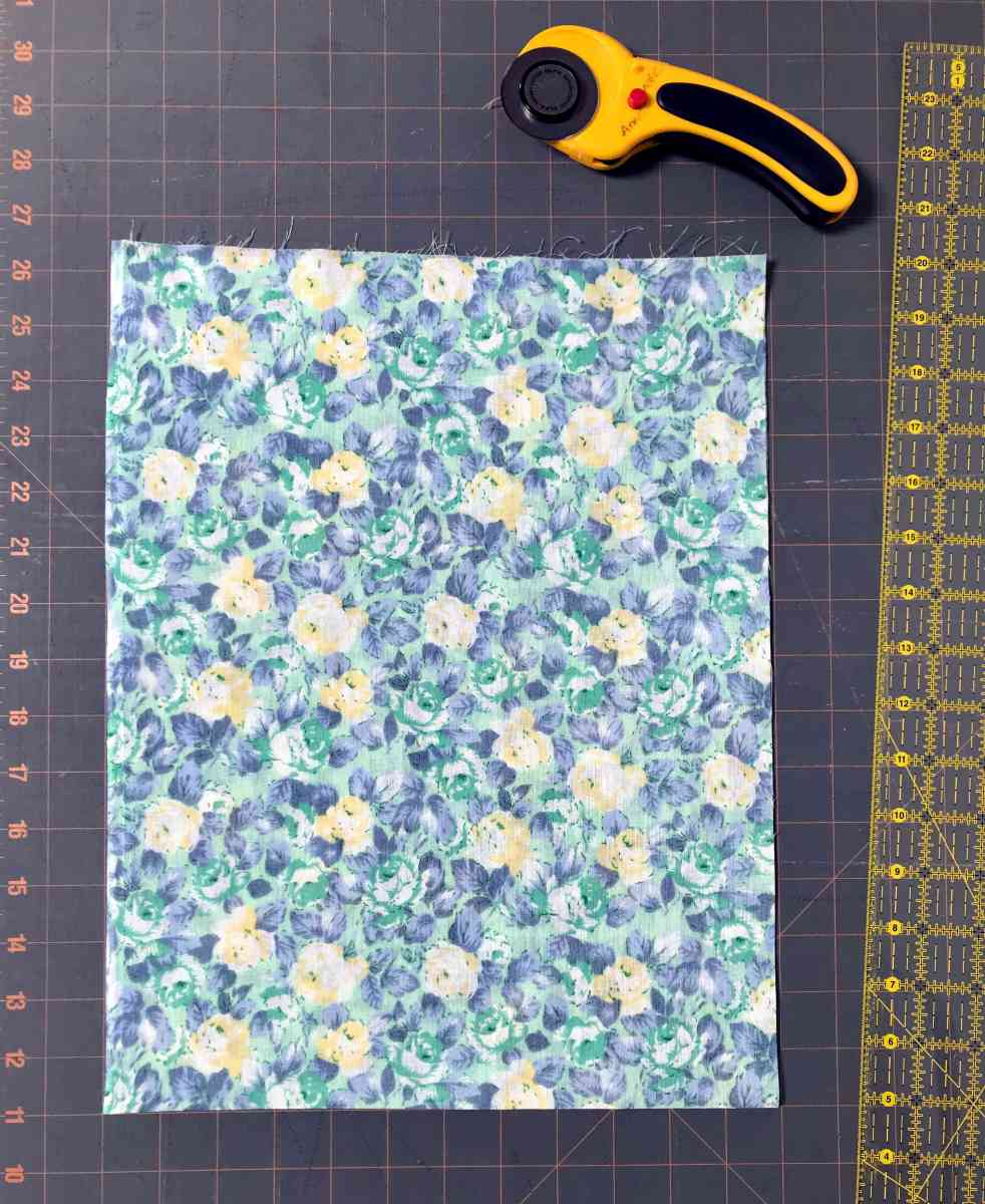 fabric for a homemade cloth produce bag for zero waste shopping