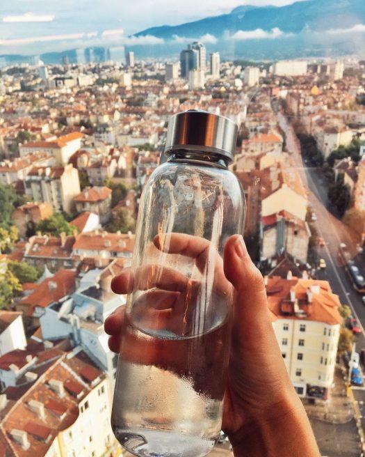 алтернативи на продукти за еднократна употреба бутилка за многократна употреба