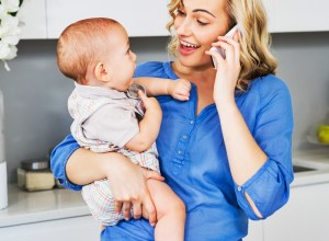 Returning to Work After Maternity Leave? 15 Tips for Working Moms