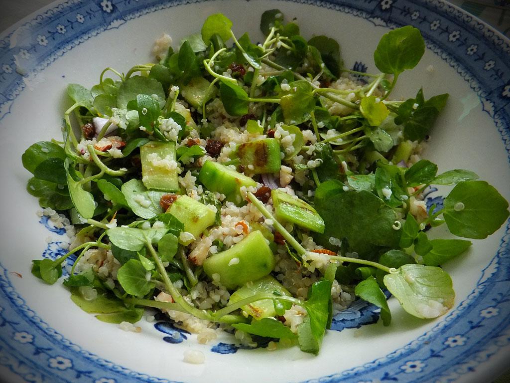 a quinoa saláta disszociált étrend