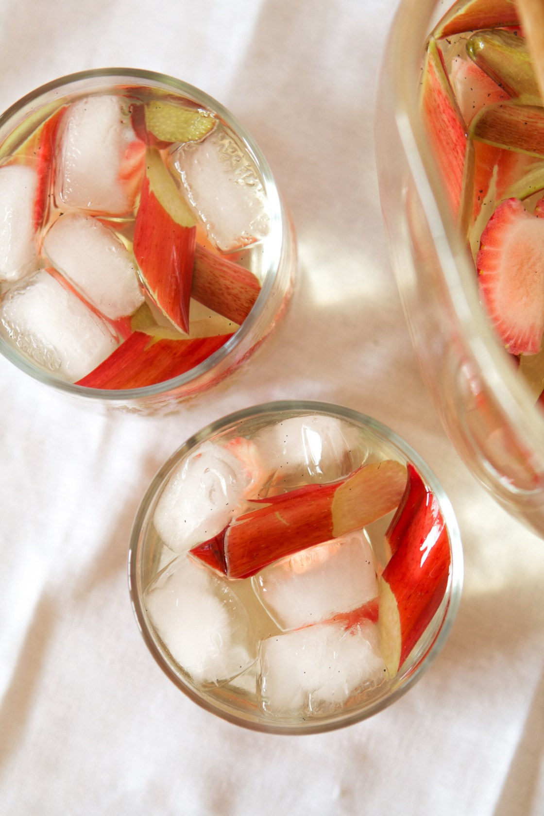 Strawberry & Rhubarb Sangria | Zestful Kitchen