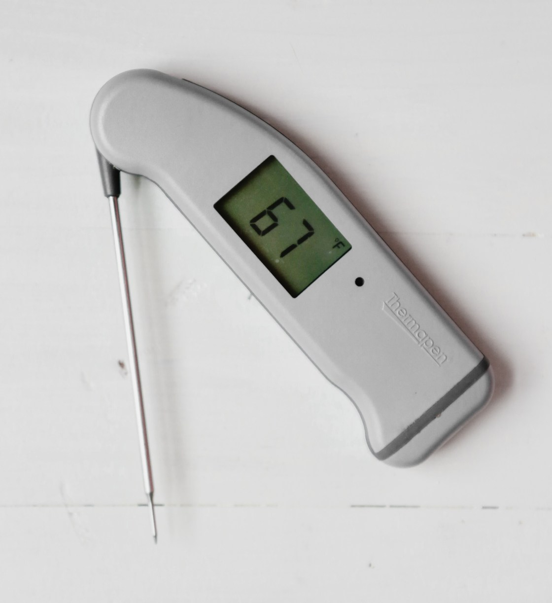 Photograph of a Thermapen from ThermoWorks