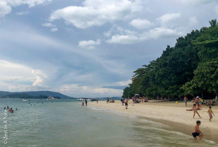 Rang-yai-island-beachfront