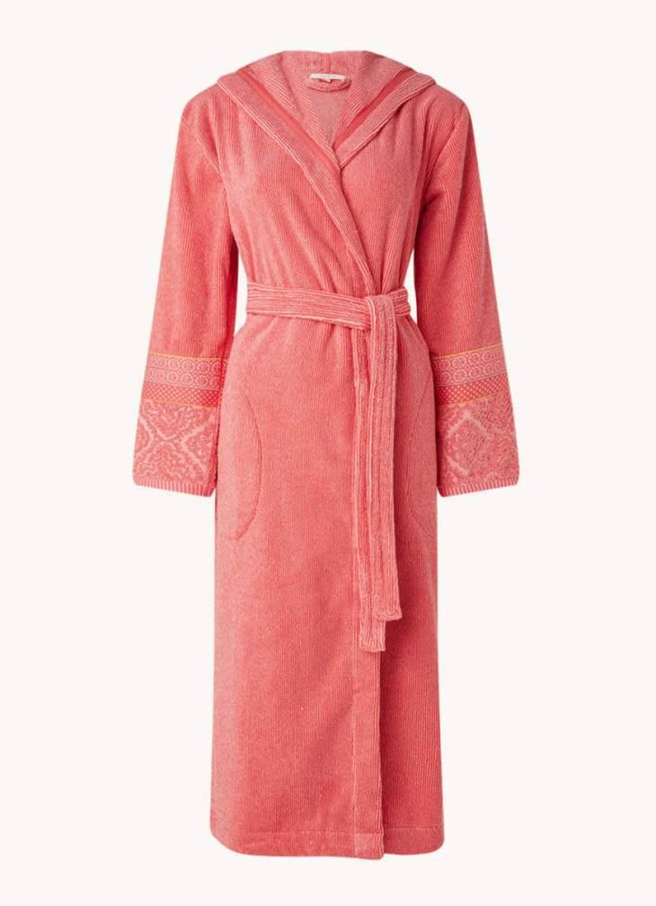 Pip-bathrobe