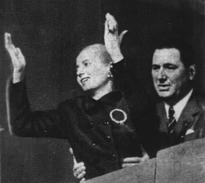 Nota de opiniónEnfermedad y muerte de Eva Perón