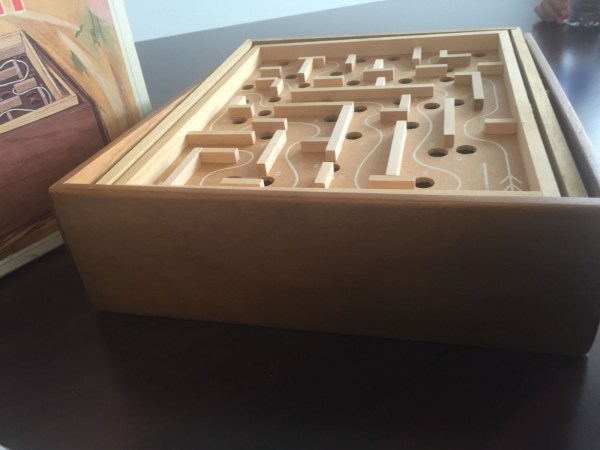 Vintage 1963 LABYRINTH 850 The Classic Game of Skill & Coordination