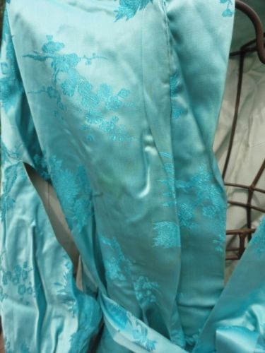 Vintage 1960's Blue Silk Fully Lined Kimono Japan Meant For Repurposed Fabric