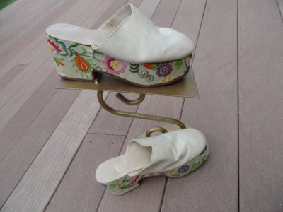 Vtg 70's Women's Platform Shoe Hand Embroidered Edouard Jerrold Made In Greece